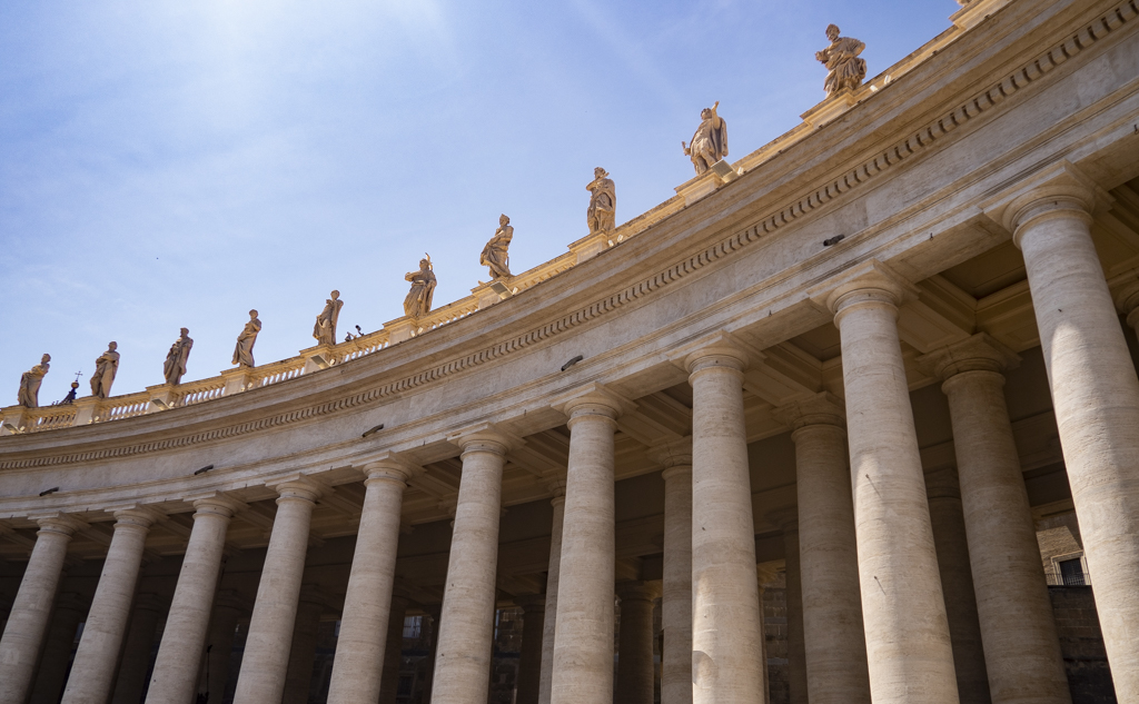 Monument in St Peter's Square in Vatican City near Rome, Italy | 3 Days in Rome Itinerary