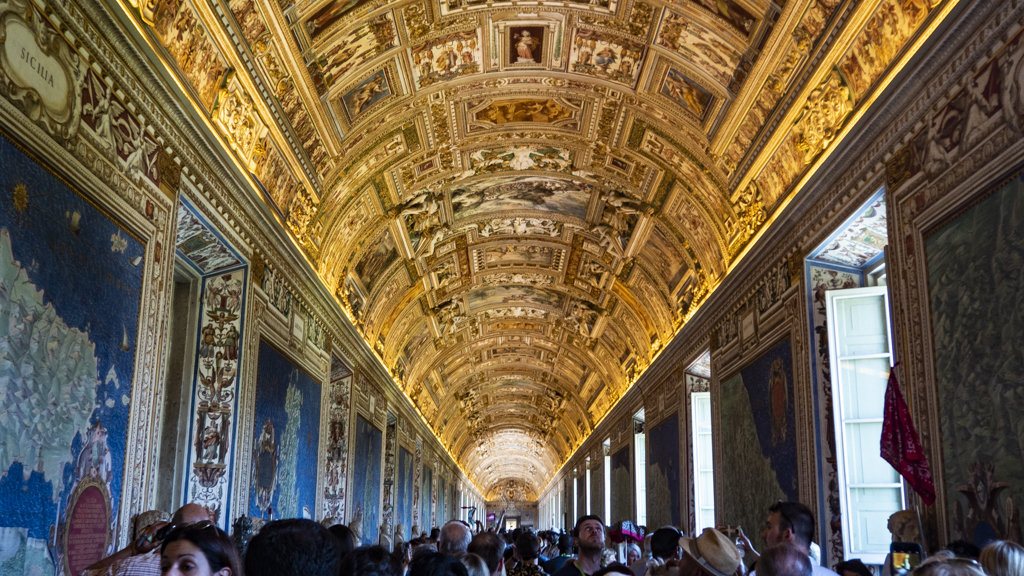 Crowds inside the Vatican Museums in Vatican City near Rome, Italy | 3 Days in Rome Itinerary