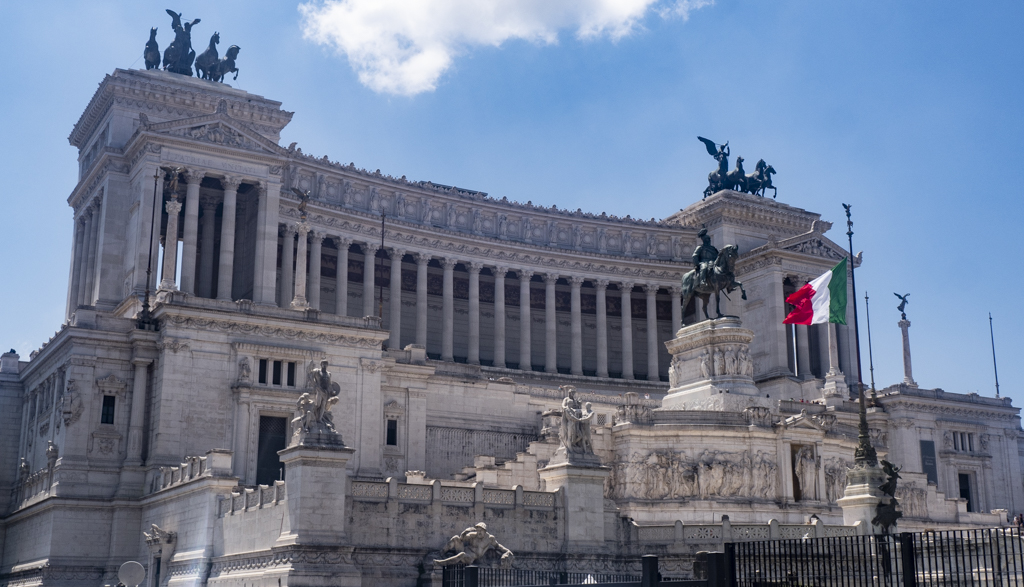 Piazza Venezia in Rome, Italy | 3 Days in Rome Itinerary