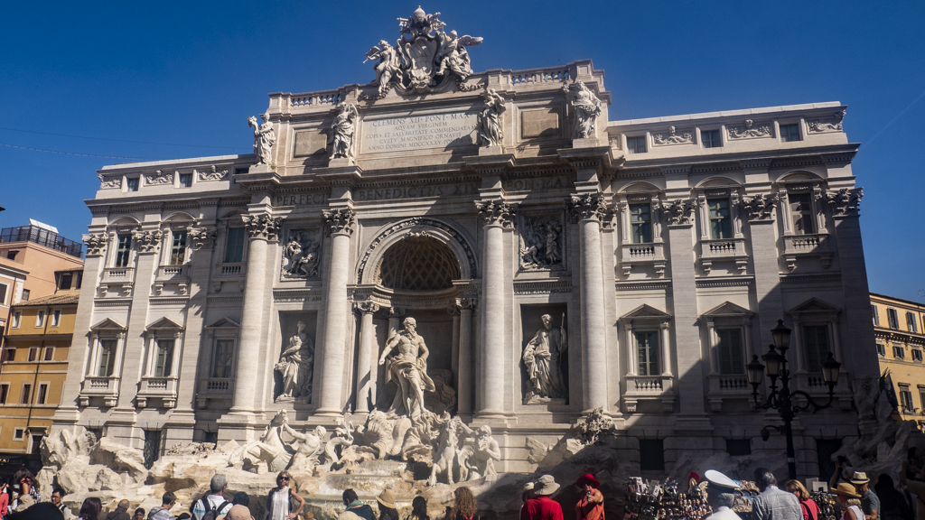 Trevi Fountain in Rome, Italy | 3 Days in Rome Itinerary