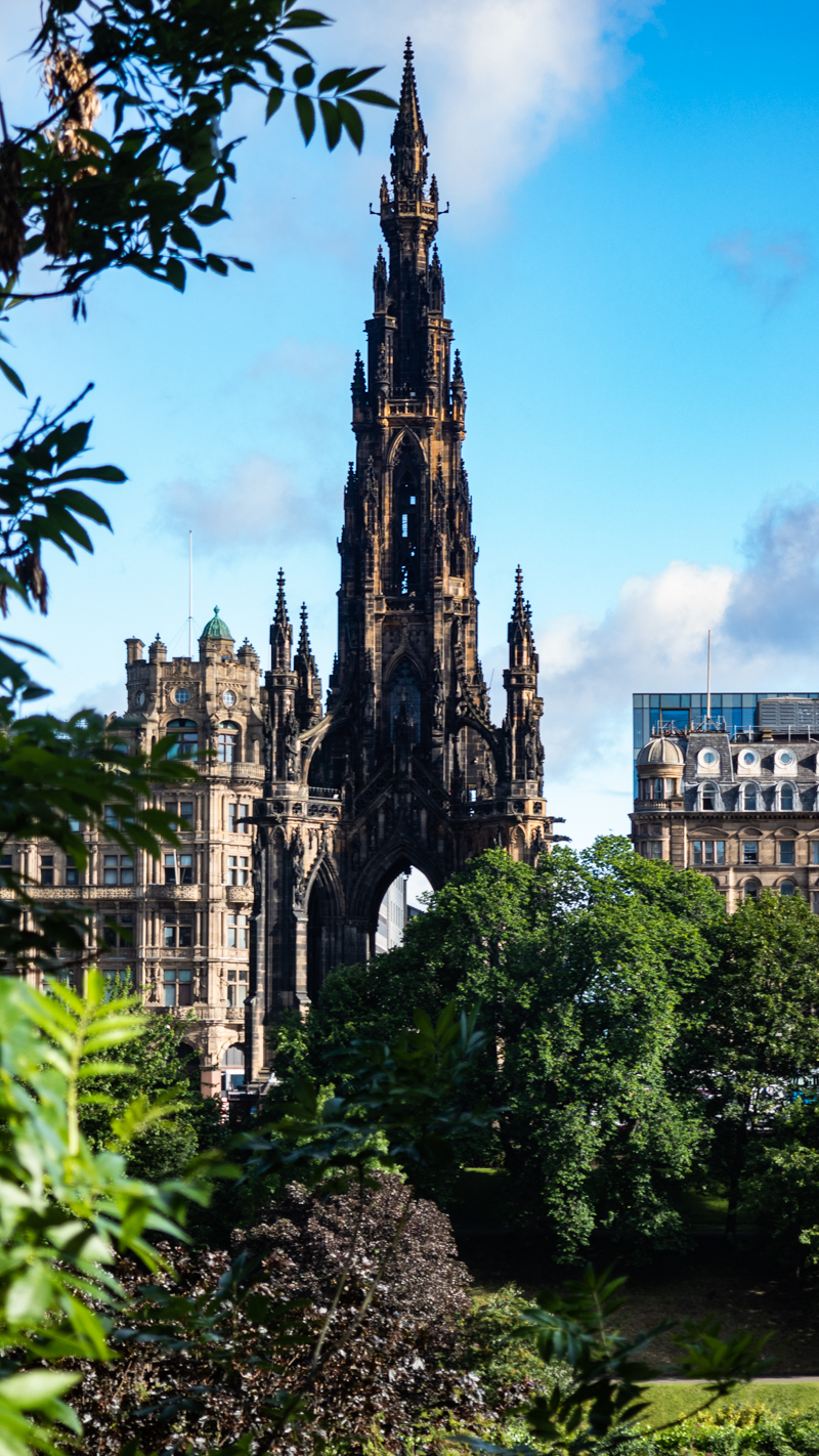 Scott Monument in Edinburgh | 3 Days in Edinburgh