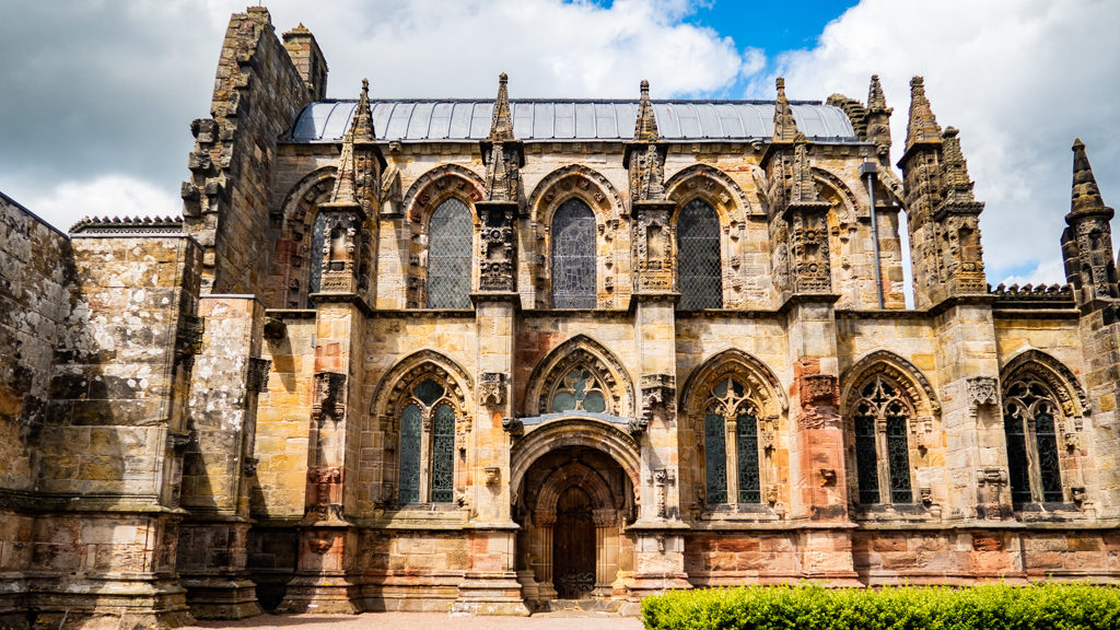 Exterior of Rosslyn Chapel in Edinburgh | 3 Days in Edinburgh