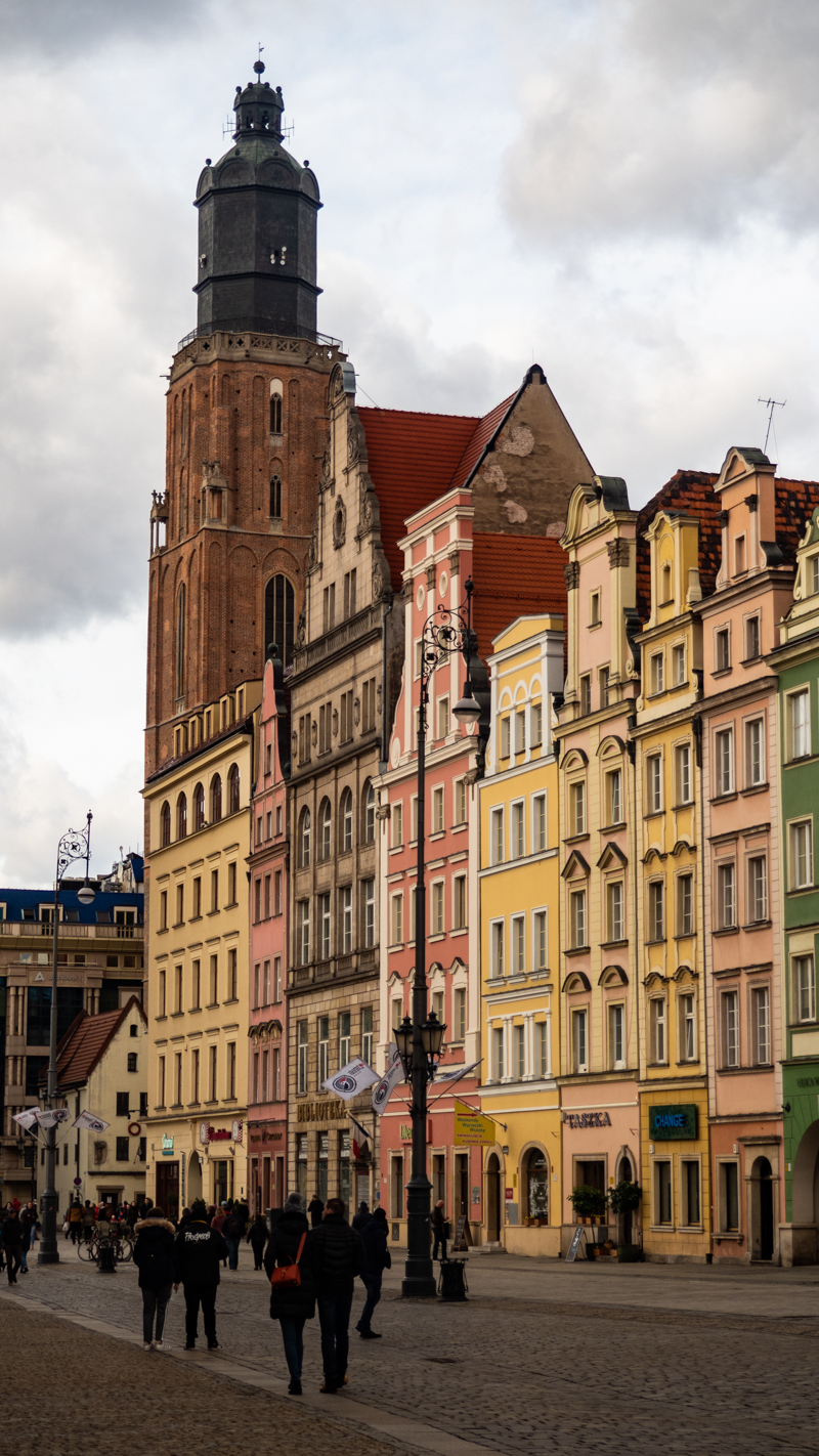 St Elizabeth's Church and the Market Square in Wrocław, Poland, how to spend 48 Hours in Wrocław, Poland