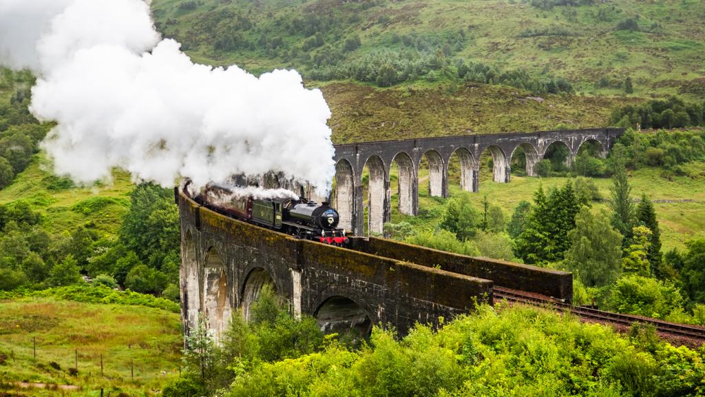 Famous Movie Location Glenfinnan Viaduct in Scotland